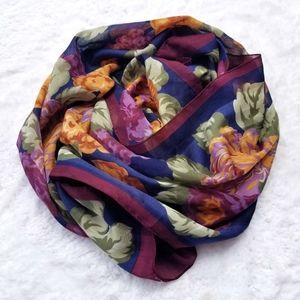 Floral print scarf tie